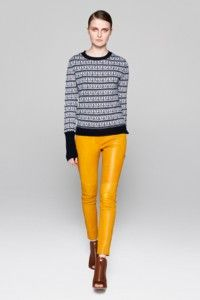 sarı-deri-pantolon-modelleri