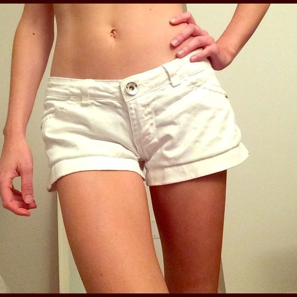SALE!☀️Brazilian White Jeans Shorts White Jeans Shorts. Perfect for the summer! There is a tiny black dot by the button which, as you can see in the photo, is imperceptible. Purchased in Salvador, Brazil. Shorts Jean Shorts