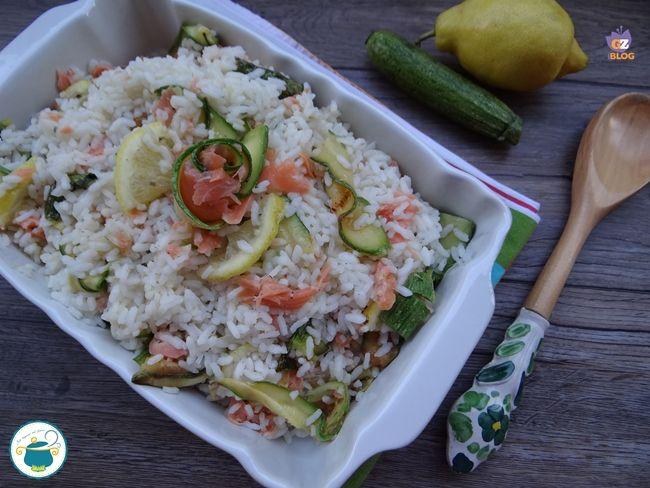 Riso con zucchine, salmone e limone - ricetta fredda -