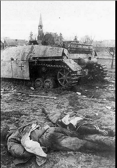 Jagdpanzer IV of Panzer Division Müncheberg, knocked out on the approaches to Berlin. April 1945