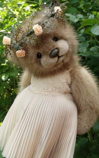 Annabella by By Linda Joan Chiasson | Bear Pile