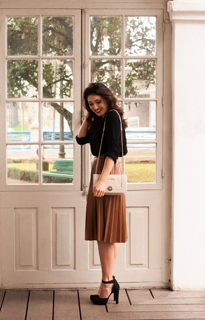 Summer work style | pleated skirt | @suisantana