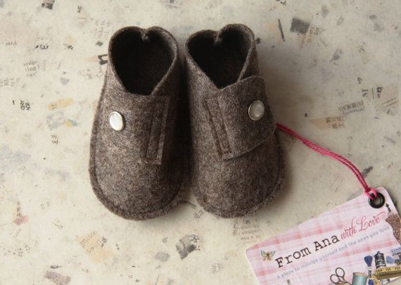 BABY FELT SHOES Boy and Girl  Newborn also di fromanawithlove, $18.00