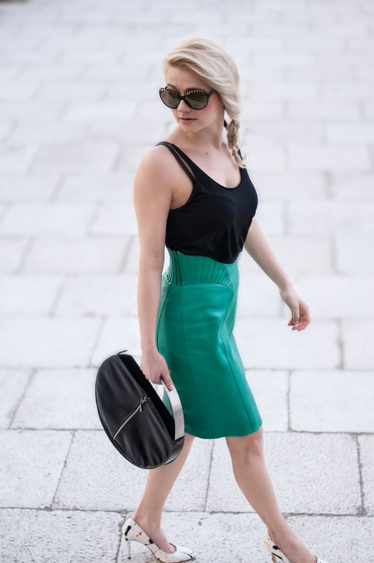 Wonderful Haute Couture Skirt matched with basic Zara top. Skirt can be found on: https://www.etsy.com/listing/249344432/vintage-haute-couture-leather-skirt-size?ref=shop_home_active_9  For more photos pls check: http://awake-fshn.pl/blog/glamorous