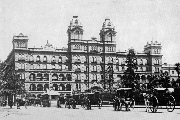The entrance to the Windsor Hotel as it looked in 1888.