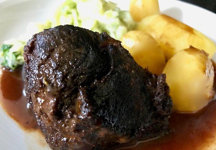 Ochsenbäckchen, Ochsenbacken, Portweinsauce,