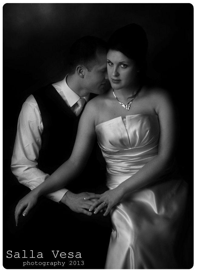 by Salla Vesa # photography portrait wedding bridal black and white bw b&w couple posing low key // salla.vesa (a) gmail.com /// www.facebook.com/sallavesaphotography   // https://www.instagram.com/sallavesaphoto/ hääkuvaaja lahti hääkuvaaja hollola