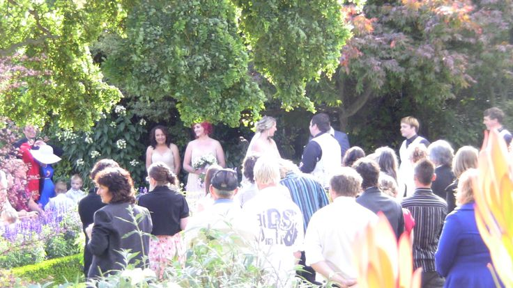 Summer wedding at parkside Gardens Oamaru New Zealand.