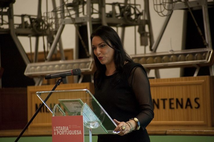 A apresentadora Fernanda Freitas na Sessão de Entrega dos Prémios