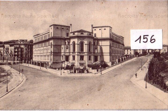 Foto storiche di Roma - Piazza Volsinio, Scuola Sandro Italico Mussolini (oggi Scuola Elementare Giuseppe Mazzini)