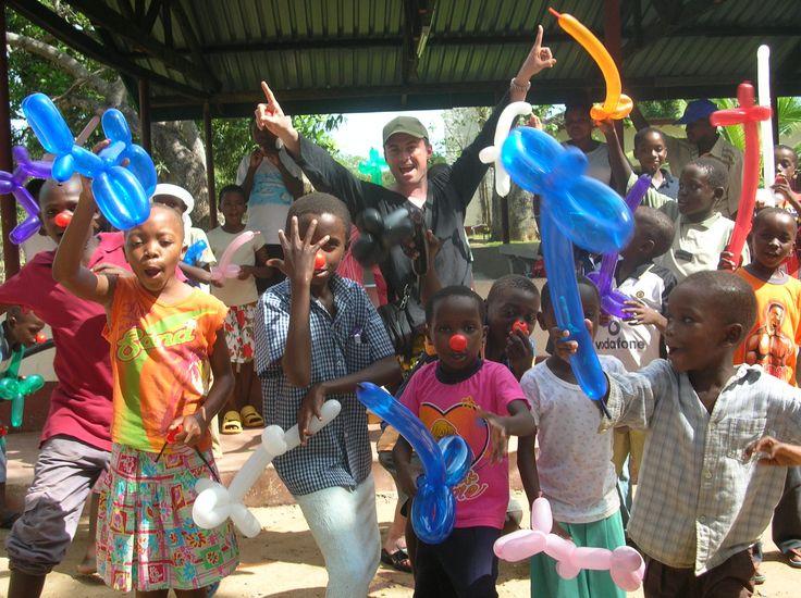 CLOWNTERAPIA IN KENYA