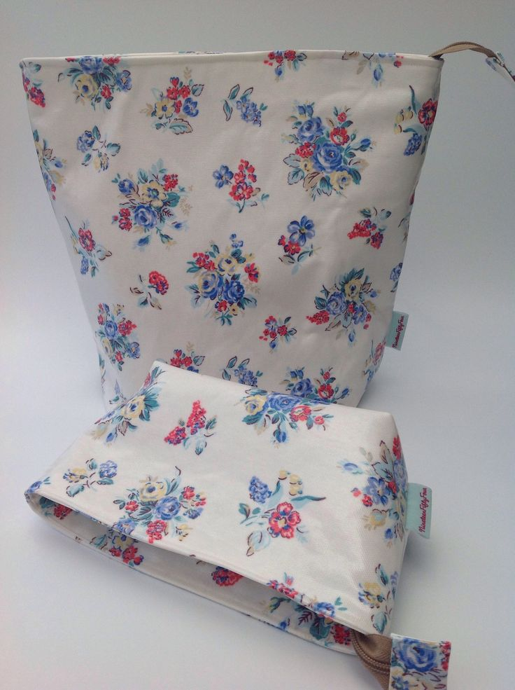 Excited to share the latest addition to my #etsy shop: Wash Bag and Makeup Bag Set in Cath Kidston Highgate Rose Oilcloth Fabric