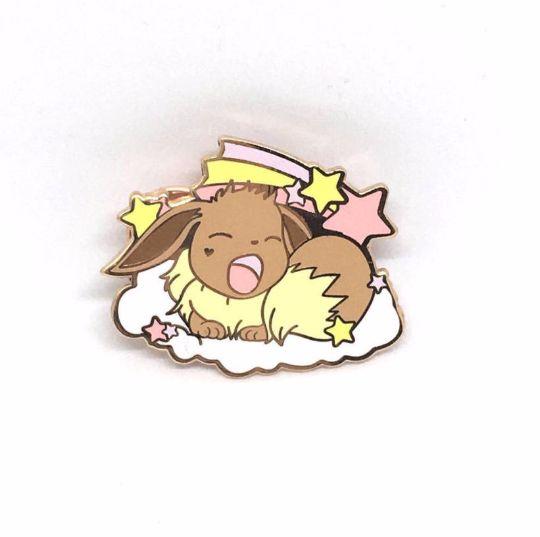 Image of [Pokémon] Sleepy Eevee pin badge