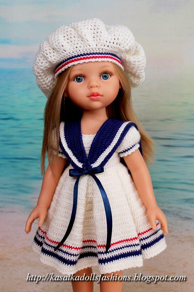 Вязание крючком для кукол Паола Рейна: наряд в морском стиле (платье со складками+матросский воротник+берет+сандалии и трусики)