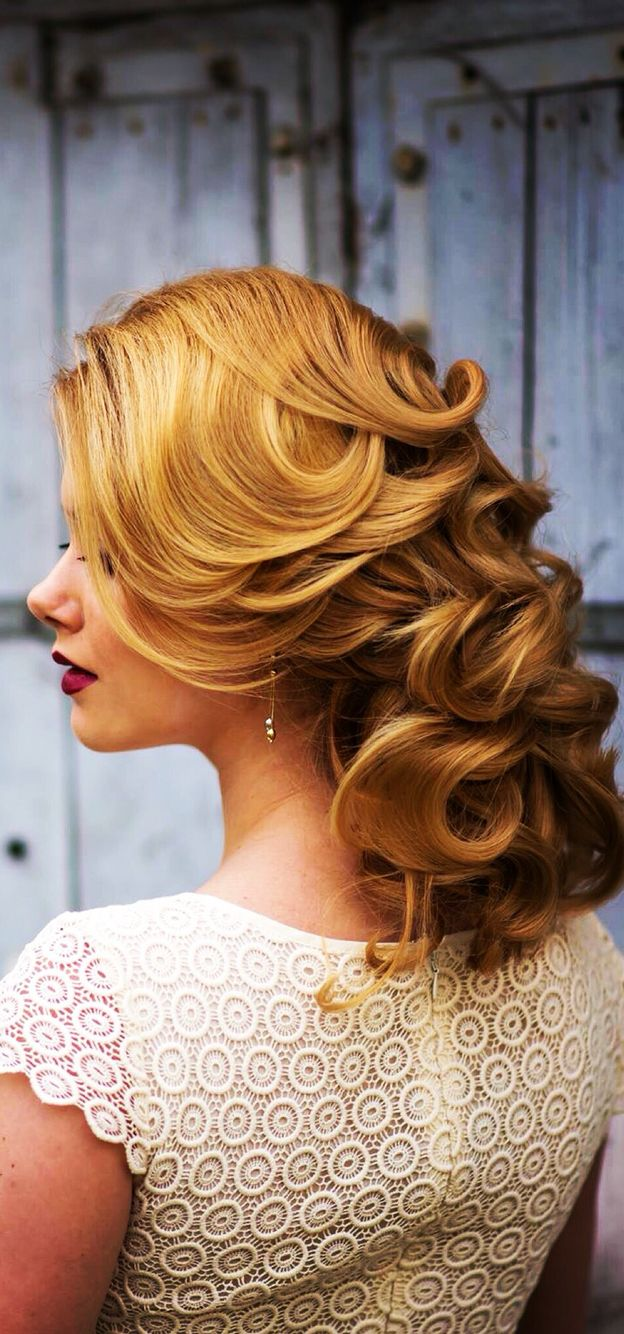 Classic waves hairstyle
