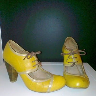 Love these pixie yellow shoes