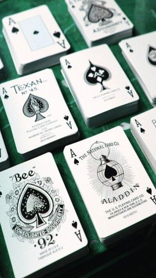 Download Different Ace of Spades Wallpaper