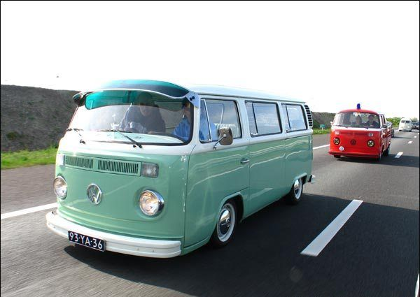 images of vw kombi t2 3 s com volkswagen type 2 wallpaper. Black Bedroom Furniture Sets. Home Design Ideas