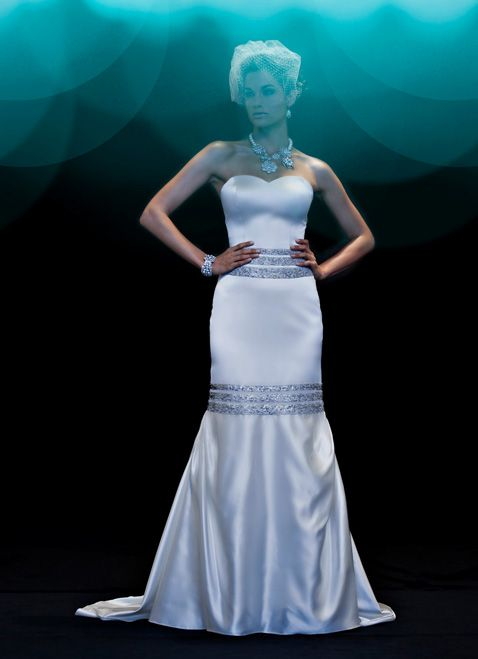 ETERNITY - Wedding Gown / 2010 Collection - by Matthew Christopher - Available colours : White & Off White