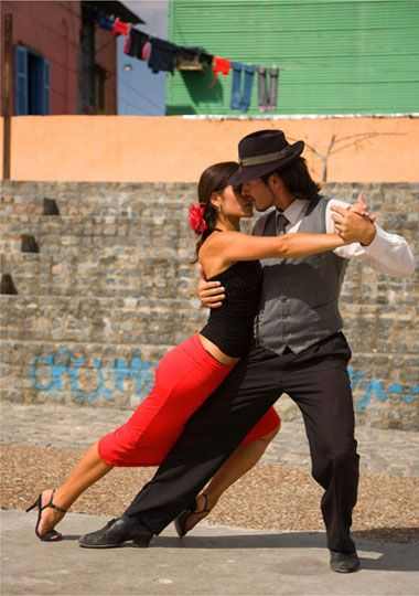 Tango... Got to still go and do this in Buenos Aires <3