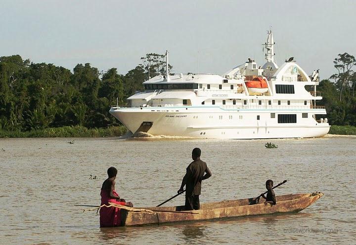 SEPTIK RIVIER CRUISE - PAPUA NEW GUINEA  http://www.blog.pagahill.com/#!Paddling-Paradise/c2o6/561b302b0cf2c3576e58c4fa