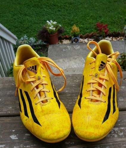 Adidas-f10-soccer-cleats-shoes-man-size-5-1-2-yellow