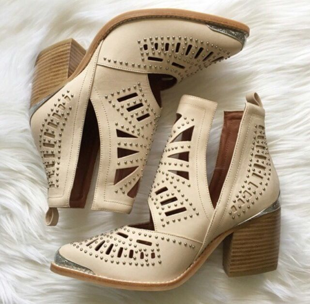 NEED!! Jeffrey Campbell