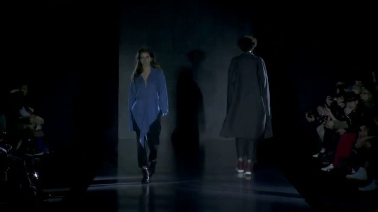 Показ PIROSMANI BY JENYA MALYGINA Fall/Winter 2016-17 в рамках Mercedes-...