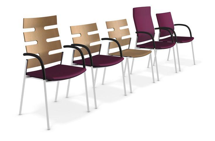 Zitten bestaat uit vele, vaak ongemerkte bewegingen. Juist deze bewegingen ondersteunt Keep Moving. Zijn gestoffeerde zitting is enkele centimeters verschuifbaar. De rugleuning veert ook zijdelings – dankzij de diepe en functioneel doordachte uitsparingen. Dit geeft Keep Moving een karakteristieke uitstraling. #Kinnarps #Casala #KeepMoving #Stoelen