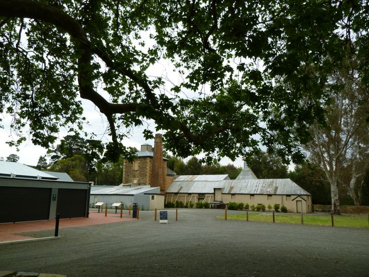 Adelaide Hills - Johnston's Oakbank Wines - Cellar Door