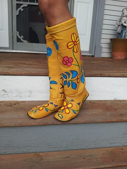 boots, Cree Nisga'a