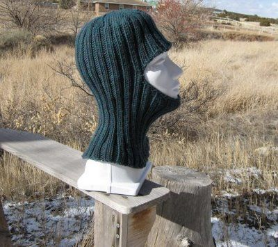 Directions for a knit balaclava.  I need to make one of these for running in the winter time, to wear over my nose and mouth!