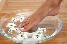 Remedios contra los hongos en pies y manos.