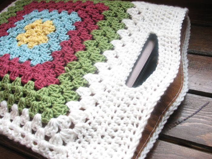 Fabulous, lined granny square laptop tote. No instructions but it looks fairly easy to make. I would add a foam layer within the lining.