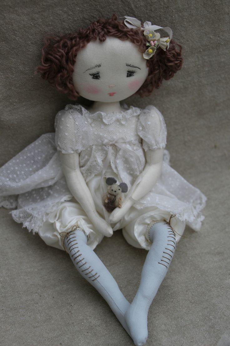 Clio fraiche dans sa robe printanière...