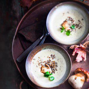 Kermainen tattikeitto - Creamy boletus soup