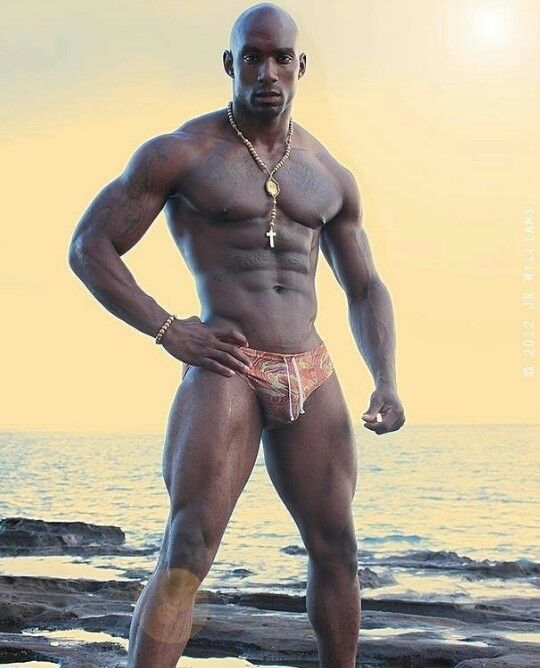 Big Black Man - Big Black, Black Man, Black White, Hot Men, Hot Guys, Handsome Man, Vision  Boarding, Male Physique, Fitness Motivation