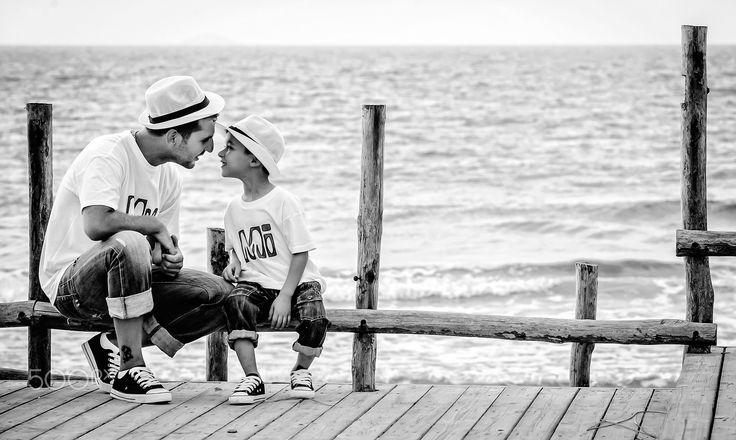 father & son  www.FotoVeneris.gr