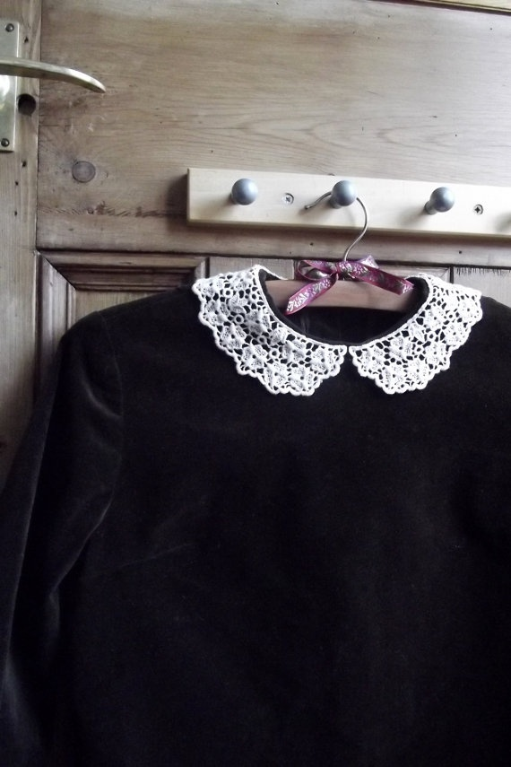 vintage velvet with lace Peter Pan collar