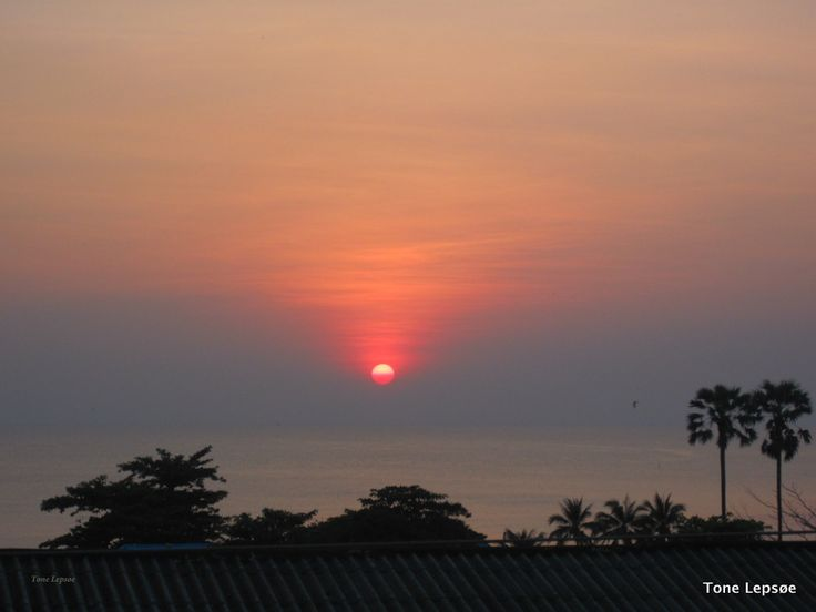 Sunset view from our balcony in Lameya Inn. Rayong. Thailand. FB: TONE LEPSØES PICTURES. And : tonelepsoe.smugmu...
