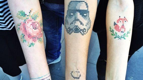 Tatuajes en punto de cruz