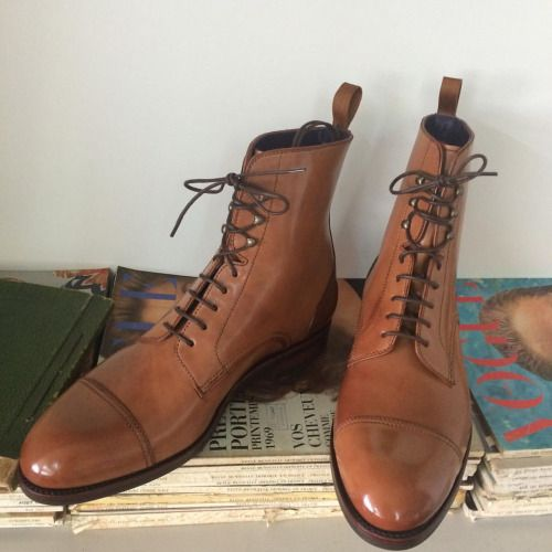 http://chicerman.com  carminashoemaker:  Carmina Shoemaker One of our last GMTO style 80184 in Oscar last .Saddle shell from Horween . Thank you to Reddit and its readers for this collaboration.#shellcordovan #horween #goodyearwelted #menswear #menstyle #carminashoemaker  #menshoes