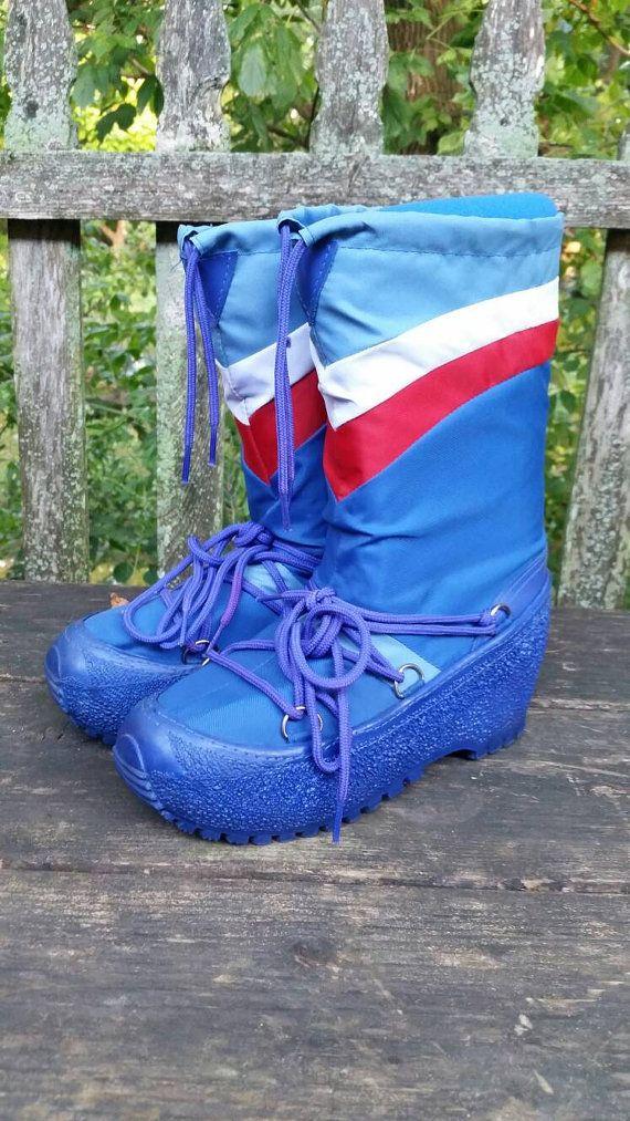 Unisex 80s retro moon boots in a men's size 7/8 by MaxiGirlShop