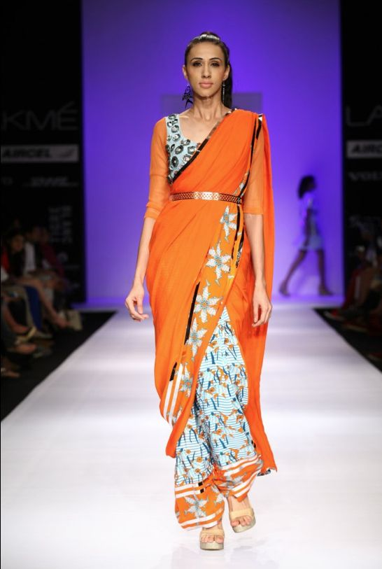Spice up your Festive Look with Latest Trends in Sarees 2013.... Read more at http://whyoffashion.com/latest-trends-in-sarees-2013/