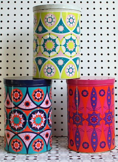 print & pattern: vintage tins from winter's moon online shop