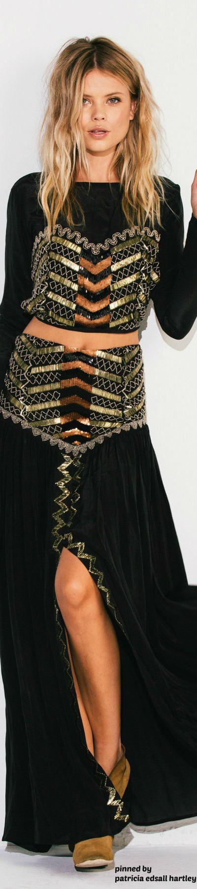 Chic Black Boho Midriff Top n' Skirt  ≫∙∙☮ Bohème Babe ☮∙∙≪• ❤️ Babz™ ✿ιиѕριяαтισи❀ #abbigliamento #bohojewelry #boho