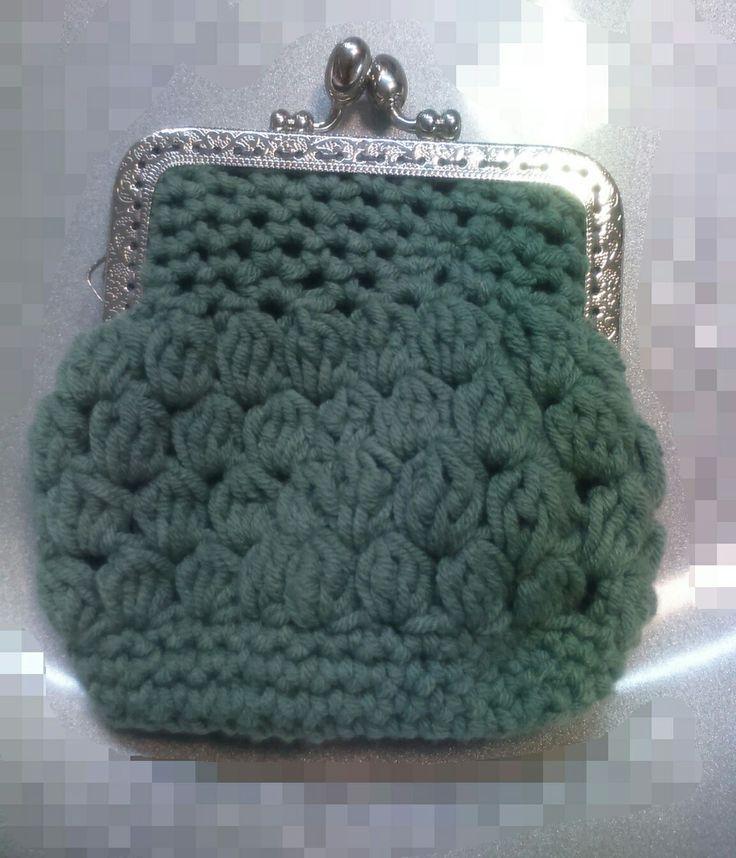 Monedero lana. Punto piña