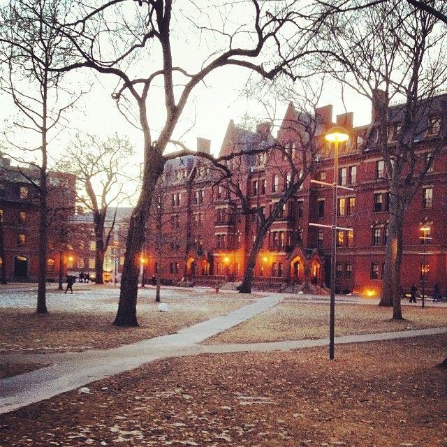 {Harvard University} : Cambridge, Massachusetts