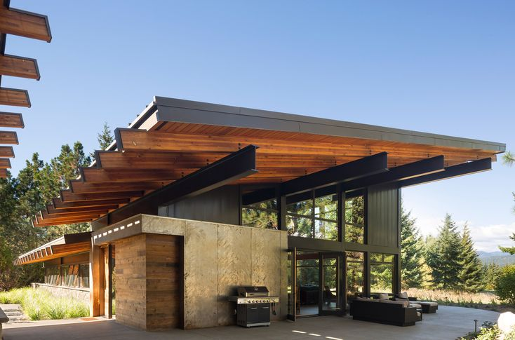 25 best ideas about roof overhang on pinterest modern for Architect washington state