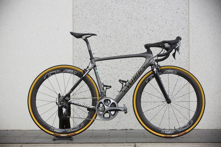 Specialized S-Works Roubaix, Bicicleta cu Suspensie Personalizată a lui Peter Sagan